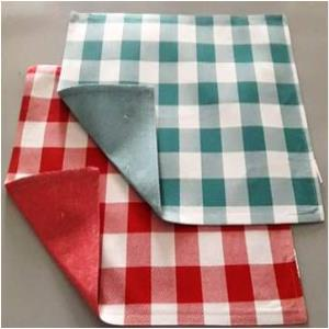 Reversible Fused placemat with chambrey  Stock