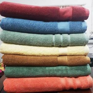 Border Bath towels