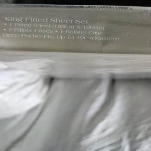 100% Cotton 4 Pc Fitted Sheet Set -1 fitted, 2 pillows, 1 bolster