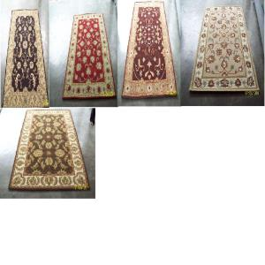 HANDTUFTED WOOLEN CARPETS