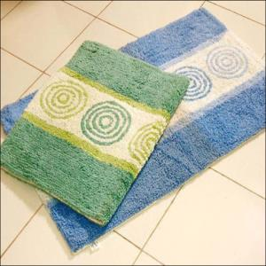 Tuffted Bathmats Stock