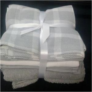 Set of 5 Towels Stock