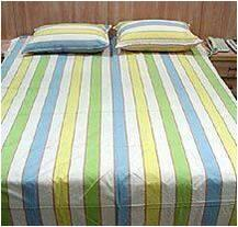Cotton Bedcover with 2 Pillow covers Stock